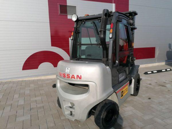 NISSAN DX32